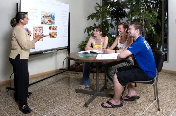 Where to study Spanish In Costa Rica.